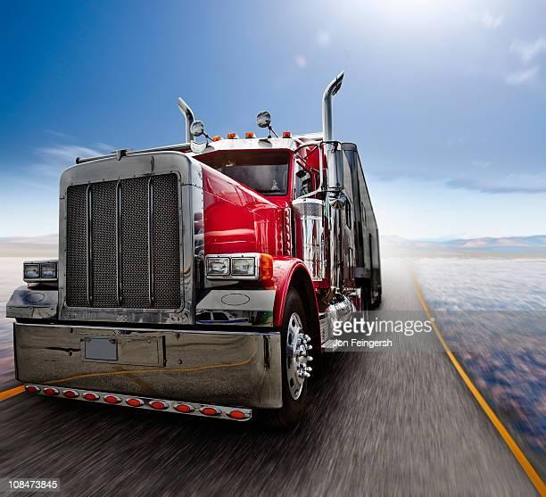beauty shot of eighteen wheeler truck - 大型トレーラー ストックフォトと画像