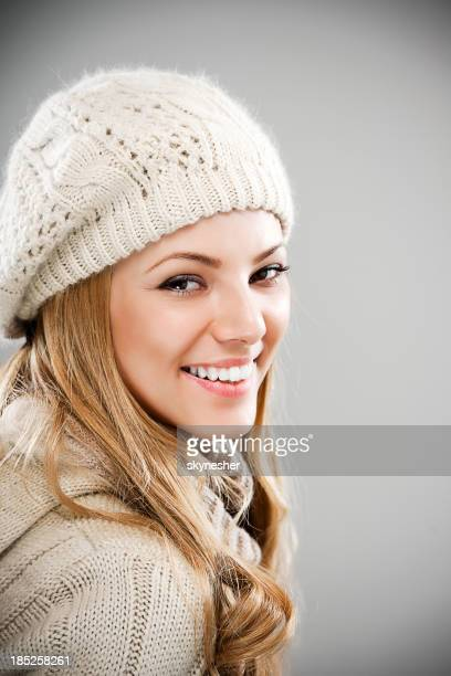 Beauty young woman in winter clothes.