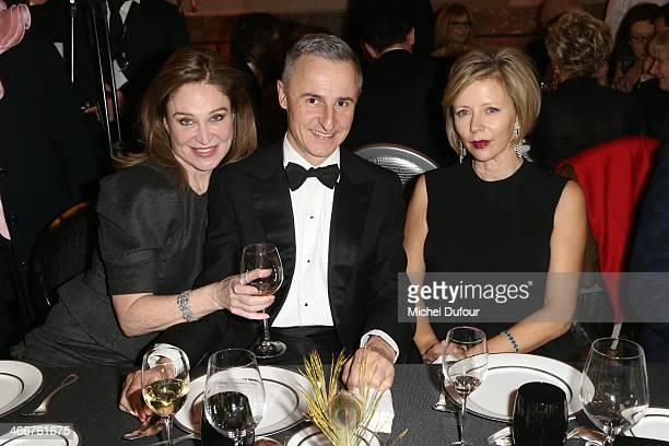 Becca Cason Thrash Hervé Van der Straeten and Rebecca Carcelle attend the David Khayat Association 'AVEC' Gala Dinner on February 3 2014 in...