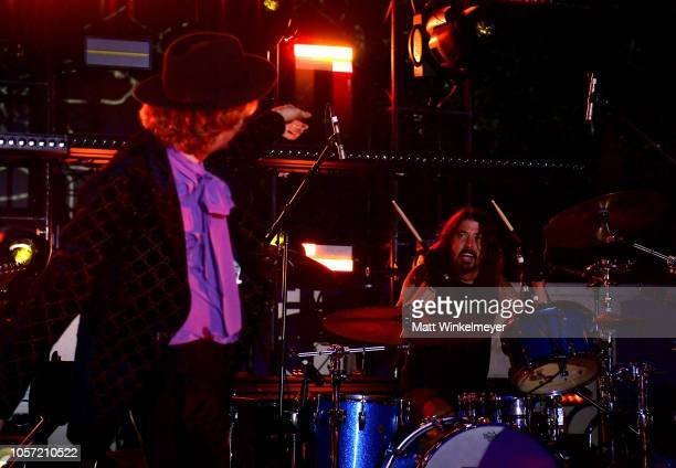 Beck and Dave Grohl perform onstage during 2018 LACMA Art Film Gala honoring Catherine Opie and Guillermo del Toro presented by Gucci at LACMA on...