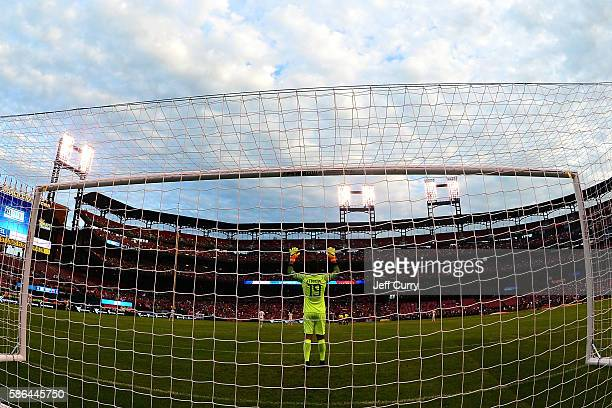 Becker Alisson of AS Roma prior to the start of a friendly match against Liverpool FC at Busch Stadium on August 1 2016 in St Louis Missouri AC Roma...