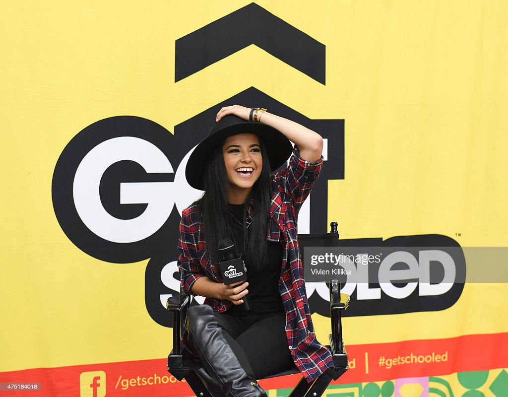 Becky G Joins Get Schooled To Recognize Compton High School Winners Of The Graduate For Mas Challenge