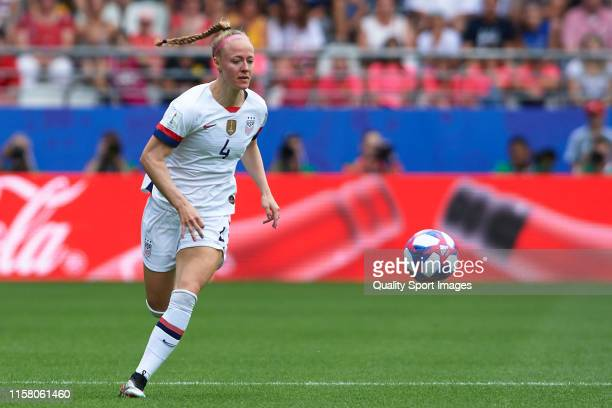 Becky Sauerbrunn of USA in action during the 2019 FIFA Women's World Cup France Round Of 16 match between Spain and USA at Stade Auguste Delaune on...