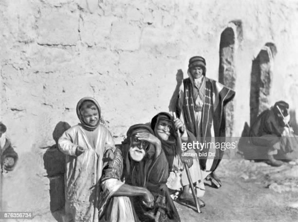 Bedouin people in Palmyra
