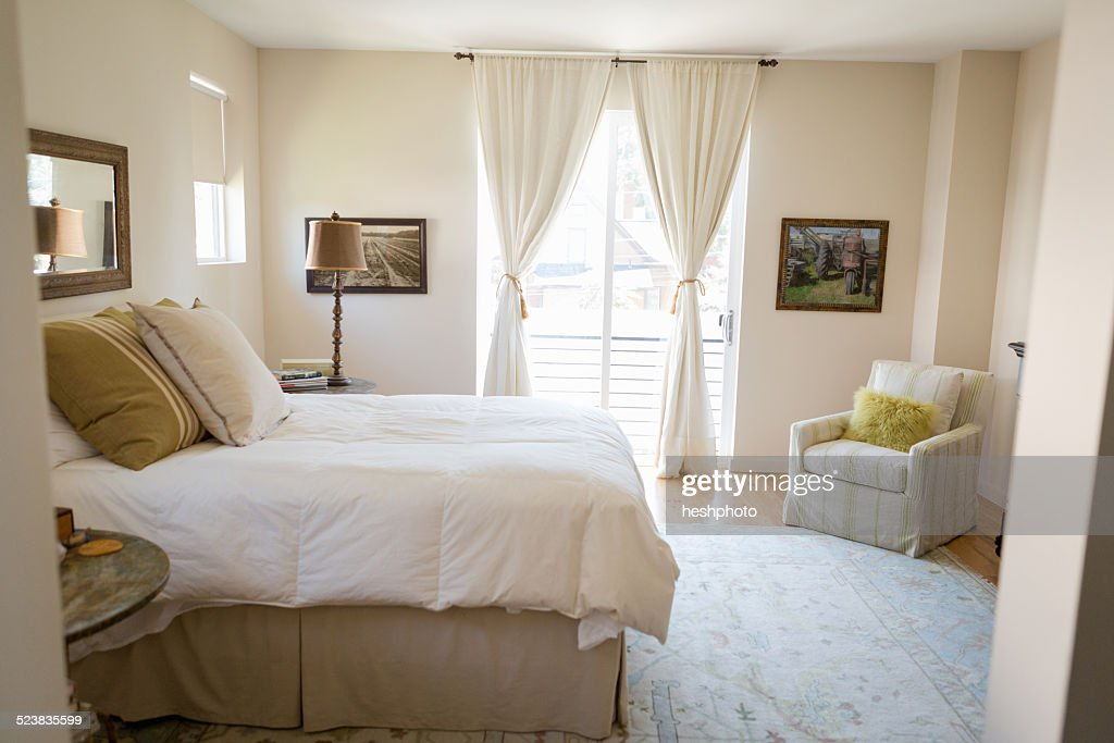Bedroom cleaned with green cleaning products : Stock Photo