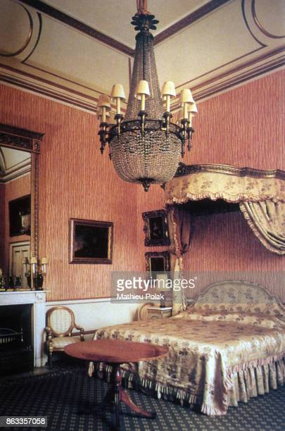 A bedroom in Buckingham Palace