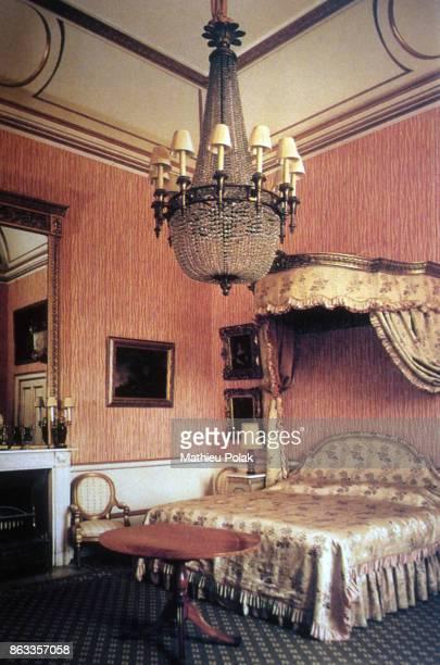 Bedroom in Buckingham Palace.