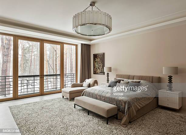bedroom in mansion house - double bed stock pictures, royalty-free photos & images