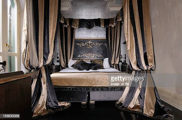 Four Poster Bed Stock Photos And Pictures Getty Images