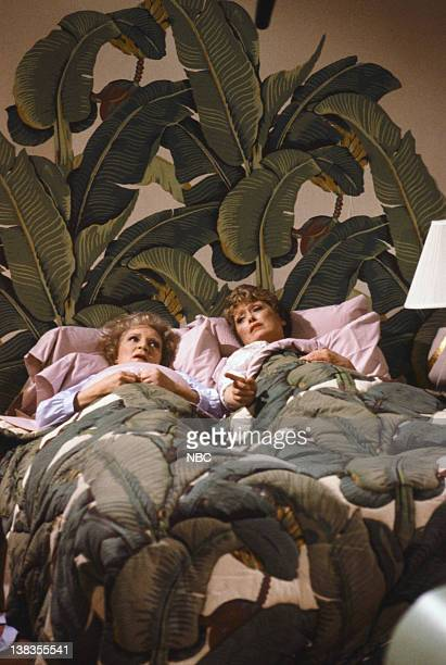 GIRLS Bedtime Story Episode 17 Pictured Betty White as Rose Nylund Rue McClanahan as Blanche Devereaux