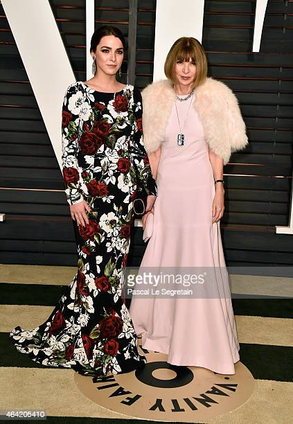 Bee Shaffer and EditorinChief of Vogue Anna Wintour attend the 2015 Vanity Fair Oscar Party hosted by Graydon Carter at Wallis Annenberg Center for...