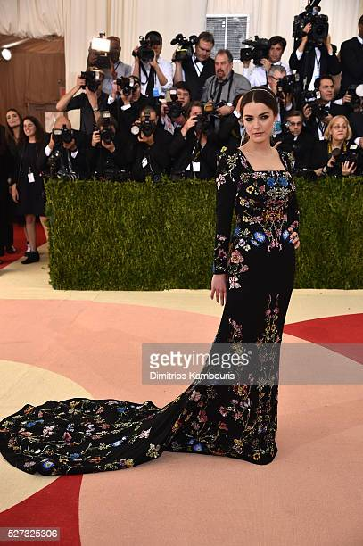 Bee Shaffer attends the 'Manus x Machina Fashion In An Age Of Technology' Costume Institute Gala at Metropolitan Museum of Art on May 2 2016 in New...