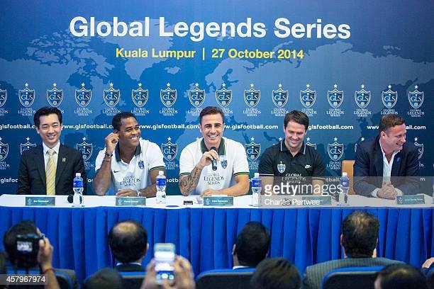 Bee Taechaubol CEO of Thai Prime Co ltd Patrick Kluivert Fabio Cannavaro Michael Owen and James DaviesYandle cofounder of the Global Legends Series...