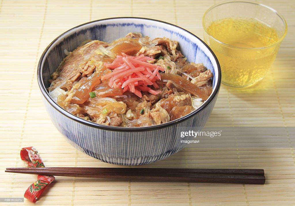 Beef bowl : Stock Photo