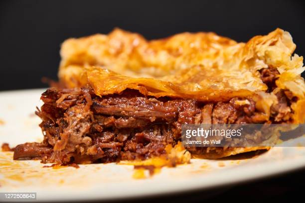 beef brisket pie - beef stock pictures, royalty-free photos & images