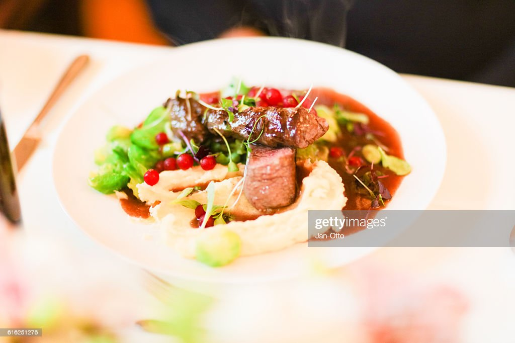 Beef fillet prepared to perfection : Foto de stock