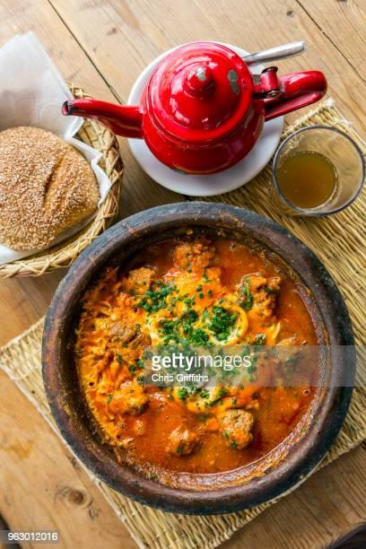 beef kefta tagine - cultura marroquí fotografías e imágenes de stock