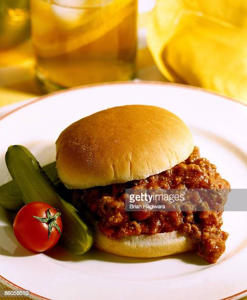bbq beef sandwich - sloppy joe, jr stock pictures, royalty-free photos & images