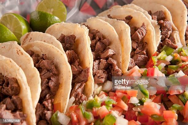 tacos de carne - carne assada imagens e fotografias de stock