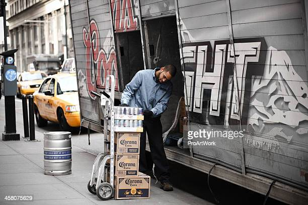 beer delivery - corona beer stock pictures, royalty-free photos & images