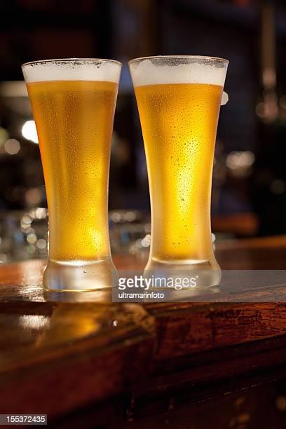 cerveja - dois objetos - fotografias e filmes do acervo