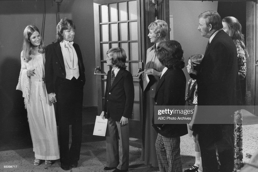 FAMILY - 'Beethoven, Brahms, and Partridge' 9/29/73 Barbara Sigel, David Cassidy, Brian Forster, Shirley Jones, Danny Bonaduce, Suzanne Crough, Dave Madden, Susan Dey