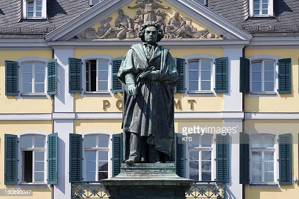 beethoven monument, bonn, nrw, germany - bonn stock-fotos und bilder