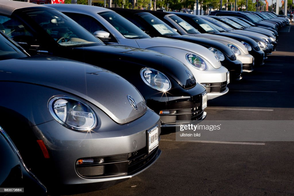 vw beetle cars lined up at vw dealership in kearny mesa california news photo getty images https www gettyimages com detail news photo beetle cars lined up at vw dealership in kearny mesa news photo 883573684