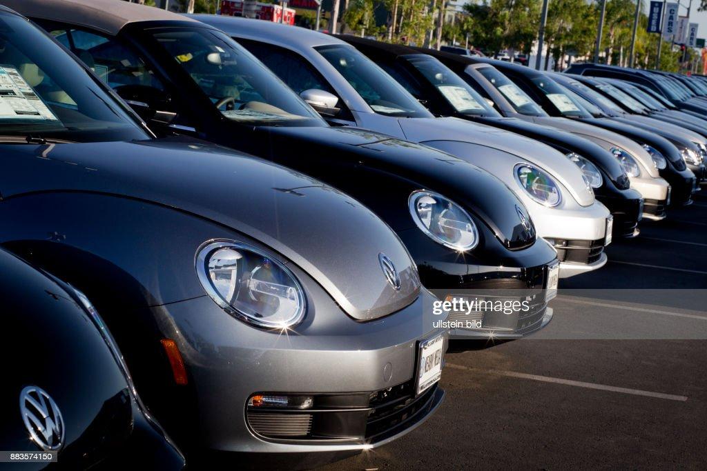 Vw Kearny Mesa >> Vw Beetle Cars Lined Up At Vw Dealership In Kearny Mesa California