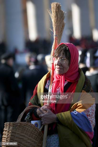 Befana gathers in St Peter's Square during the Feast of the Epiphany to attend the Pope Francis' Angelus blessing on January 6 2019 in Vatican City...