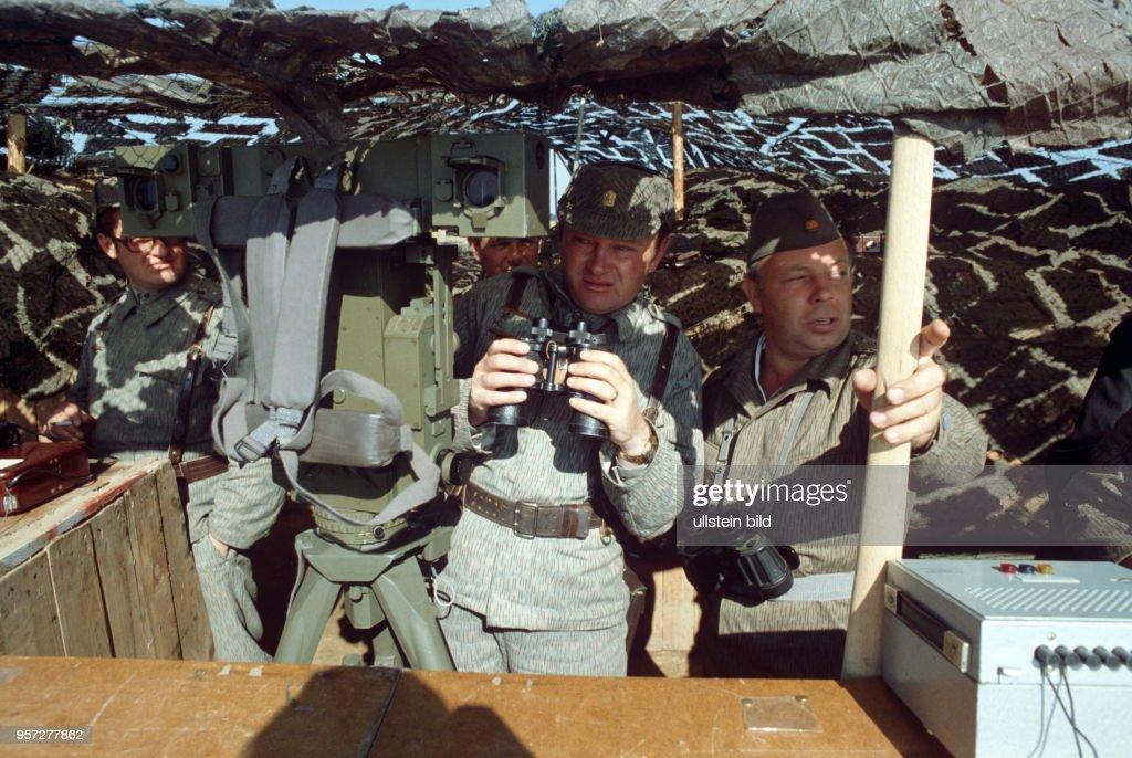 DDR - Manöver Waffenbrüderschaft 80 Pictures | Getty Images
