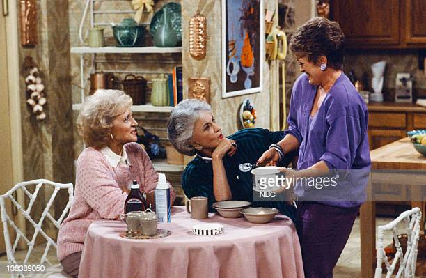 GIRLS 'Before and After' Episode 15 Pictured Betty White as Rose Nylund Bea Arthur as Dorothy Petrillo Zbornak Rue McClanahan as Blanche Devereaux