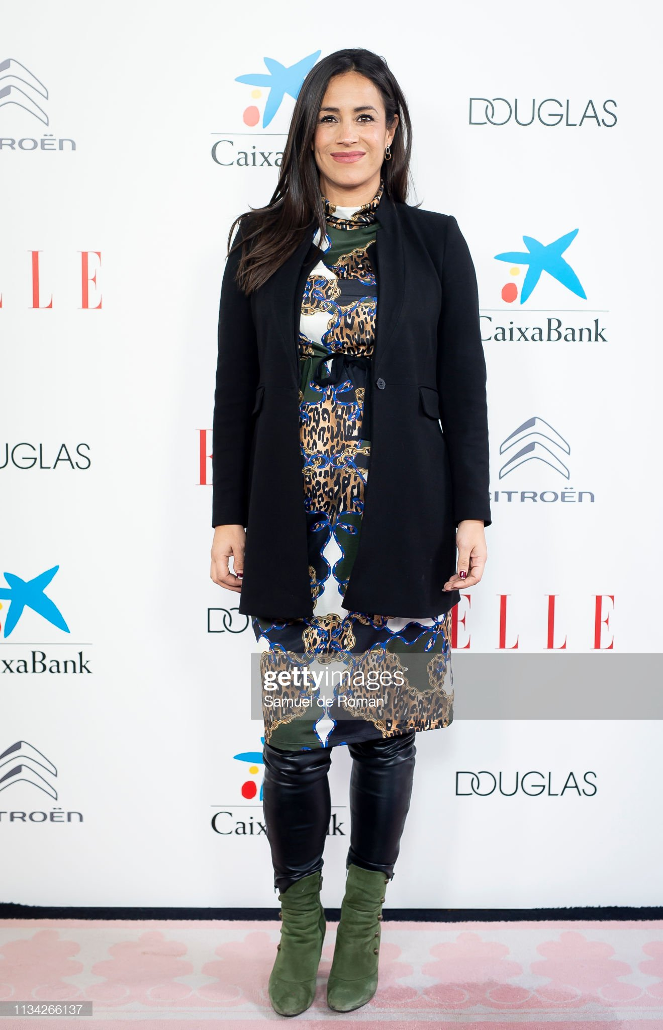 ¿Cuánto mide Begoña Villacís? - Altura Begoa-villacs-attends-elle-womens-day-photocall-on-march-07-2019-in-picture-id1134266137?s=2048x2048