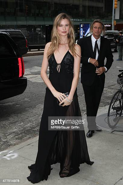 Behati Prinsloo arrives to the 2015 Fragrance Foundation Awards at Alice Tully Hall at Lincoln Center on June 17, 2015 in New York City.