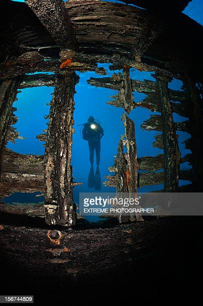 behind the wreck - aqualung diving equipment stock pictures, royalty-free photos & images