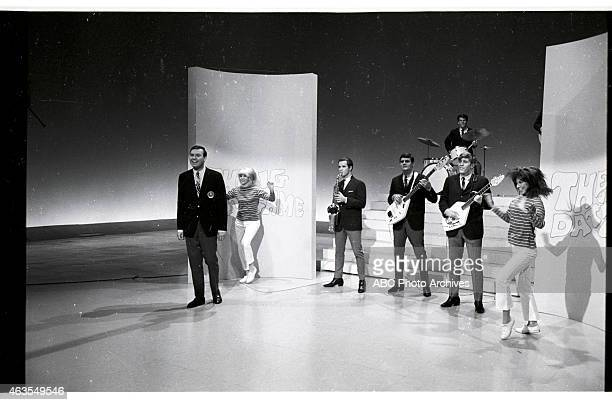 GAME BehindtheScenes Coverage of Show Premiere Airdate November 19 1965 HOST JIM LANGE WITH THE REGENTS AND DANCERS ELLEN FRIEDMAN AND