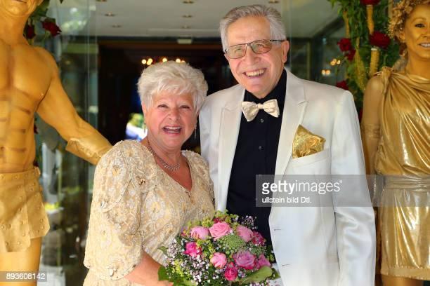 30 Fotos E Imágenes De Goldene Hochzeit Getty Images