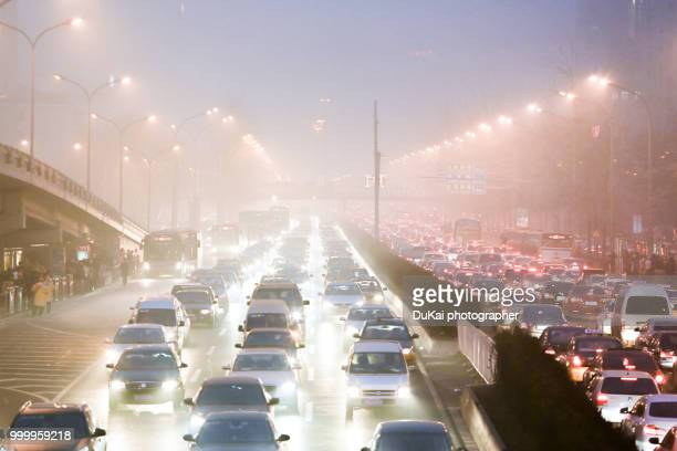 beijing air pollution - traffico foto e immagini stock