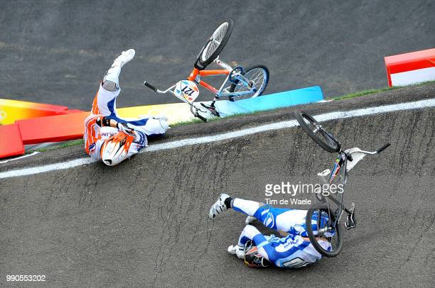Beijing Olympics, Cycling : Bmxillustration Illustratie , Crach Chute Val, Bennett Kyle , Prokop Michal , Van Der Biezen Raymon , Becerine Cristian...