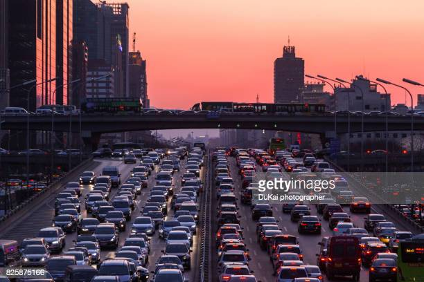 beijing traffic congestion - traffico foto e immagini stock