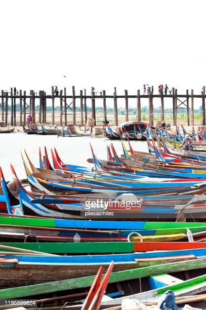 u bein bridge, mandalay, myanmar. - teak wood material stock pictures, royalty-free photos & images