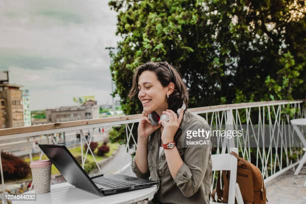 being productive outside of the office - remote location stock pictures, royalty-free photos & images