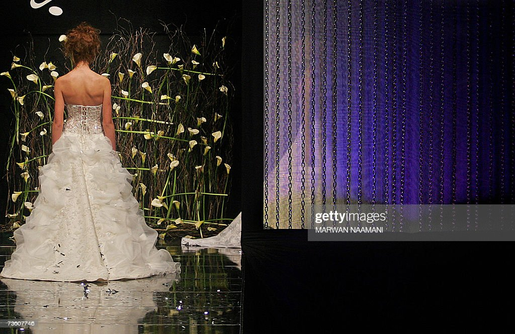 A Model Shows A Wedding Dress Creation By Lebanese Fashion Designer News Photo Getty Images