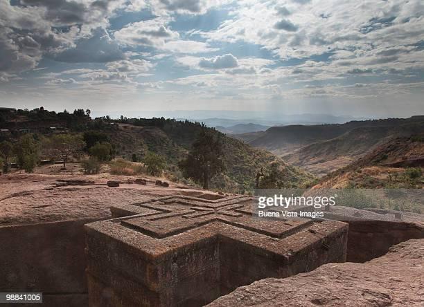 beit gorgis monolyth church - ethiopian orthodox church stock pictures, royalty-free photos & images