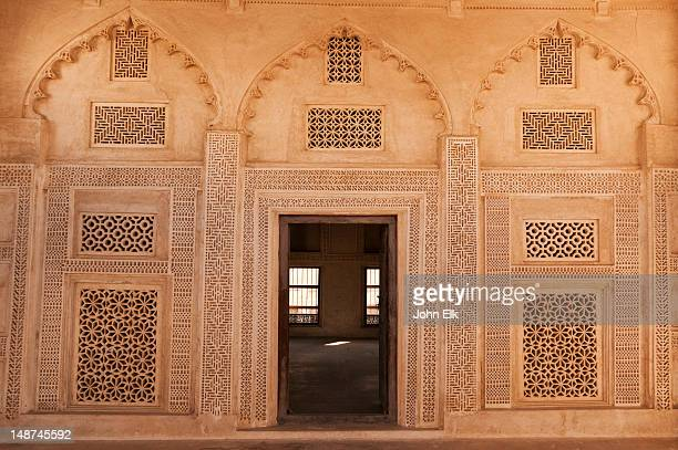 beit sheik isa bin ali house, interior room. - bahrain stock pictures, royalty-free photos & images