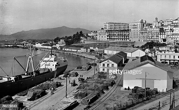 Bejaia General view of the port about 1960 CAP 765