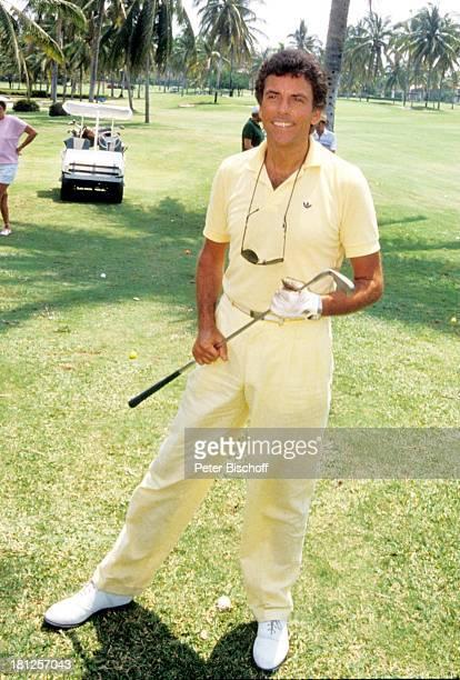 Traumschiff Folge 16 Mexiko Episode 4 Spiel mit dem Feuer Acapulco Mexiko/Mittelamerika Golfplatz Handschuh Palmen Golfwagen Golfschlaeger...