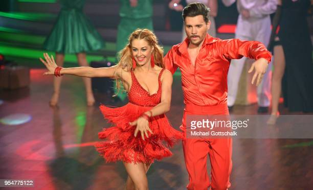 Bela Klentze and Oana Nechiti perform on stage during the 7th show of the 11th season of the television competition 'Let's Dance' on May 4 2018 in...