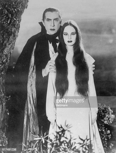 Bela Lugosi and Carroll Borland in the film 'Mark of the Vampire' 1935
