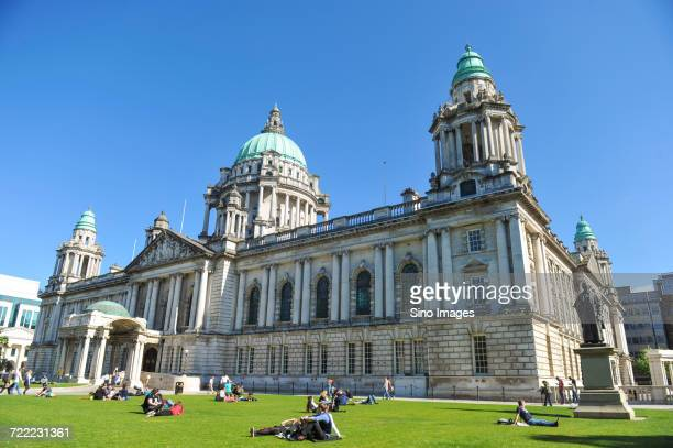 belfast city hall, northern ireland - image stock pictures, royalty-free photos & images